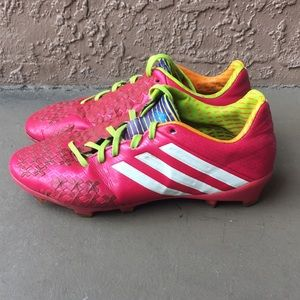 Girls Adidas Predator soccer cleats size 3.5Y